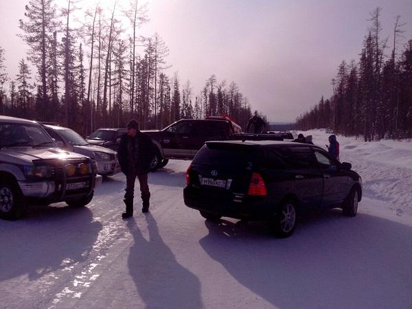 В Якутии местные жители перекрыли дорогу нефтяников