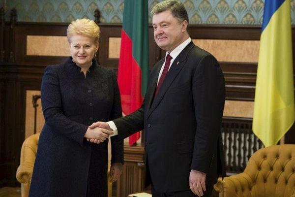 Порошенко выступил за создание русскоязычного телеканала в Европе