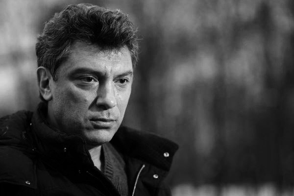 Оппозиция в апреле опубликует доклад Немцова об Украине