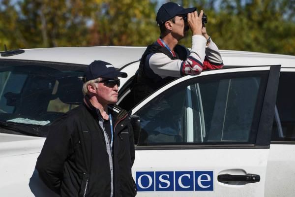 Делегация ОБСЕ попала под обстрел ВСУ возле Счастья