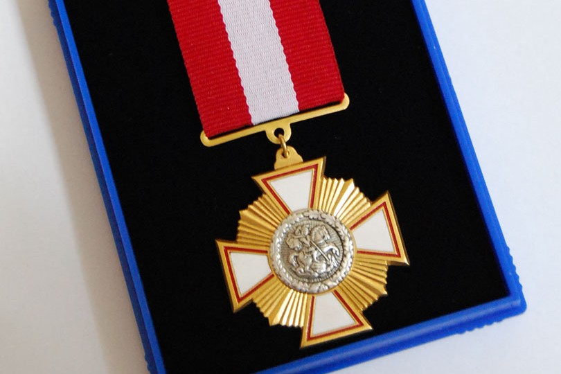 Филарет наградил Савченко орденом святого великомученика Юрия Победителя