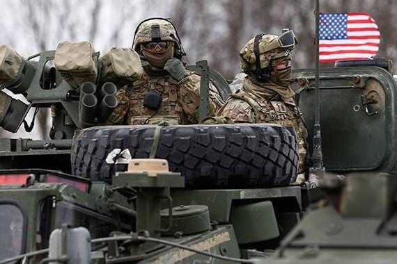 Чехи семь часов прождали американскую военную колонну