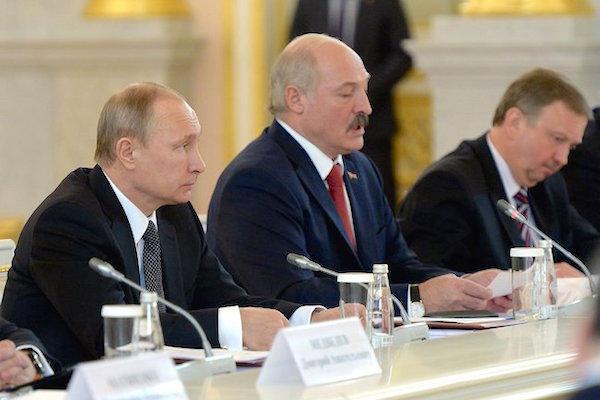 Путин и Лукашенко не видят в Союзном государстве РФ и Белоруссии угрозы ЕАЭС