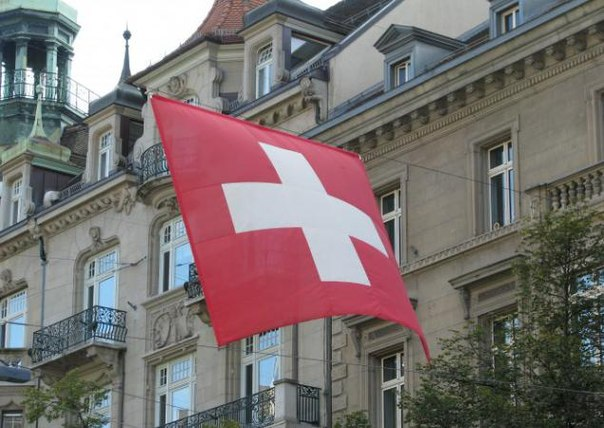 Швейцария присоединилась к санкциям ЕС против России