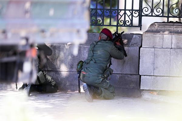 Один россиянин погиб в результате атаки боевиков в Тунисе