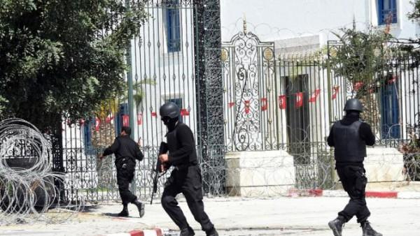 В Тунисе задержаны более 20 подозреваемых в нападении на музей