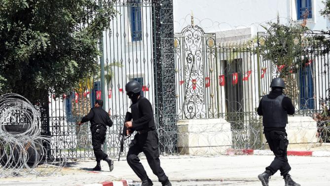 10 дипломатов из Туниса похищены в Ливии