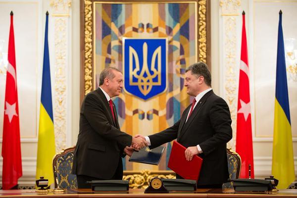 Прием президента Турции в Киеве назвали провальным