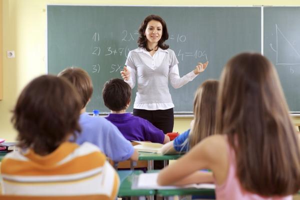 На Украине начали массово увольнять учителей «за непатриотизм»