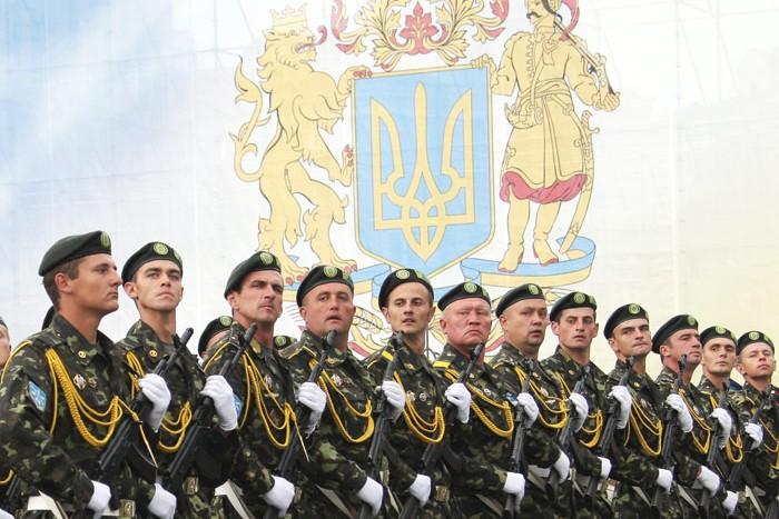 США официально отложили программу по обучению украинской армии