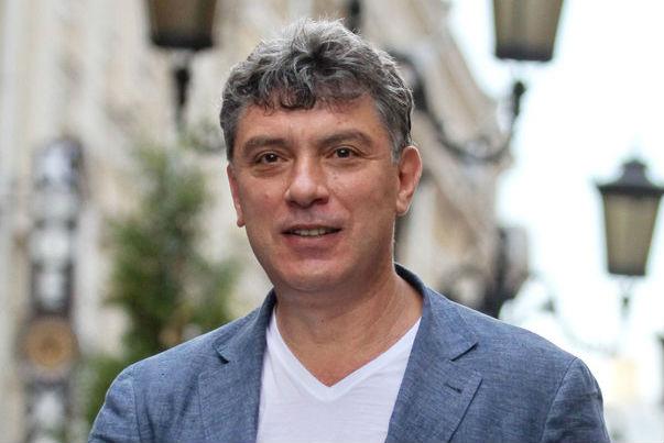 Порошенко посмертно наградил Немцова Орденом Свободы