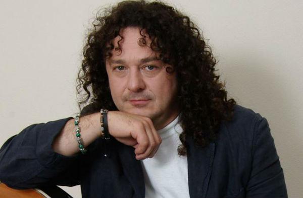 Игорь Саруханов получил первое высшее образование