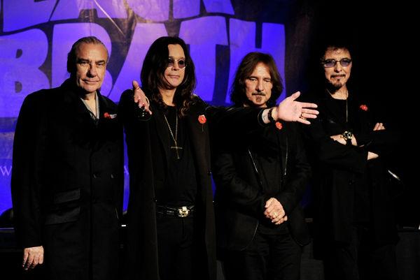 Группа Black Sabbath отменила выступление на Ozzfest