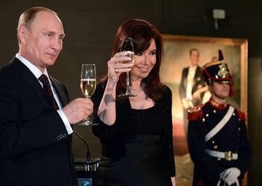 Путин и Киршнер высказались за дипломатический путь решения украинского кризиса