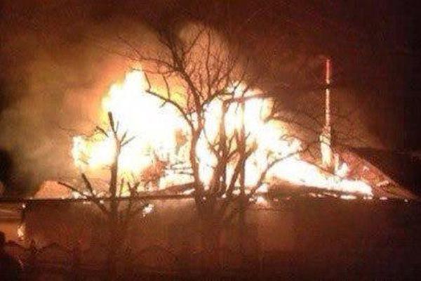 Украинские военные открыли огонь в районе донецкого вокзала