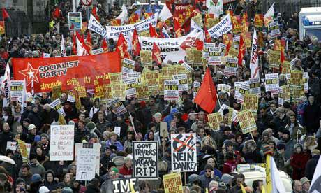 Европа протестует против экономического союза с США
