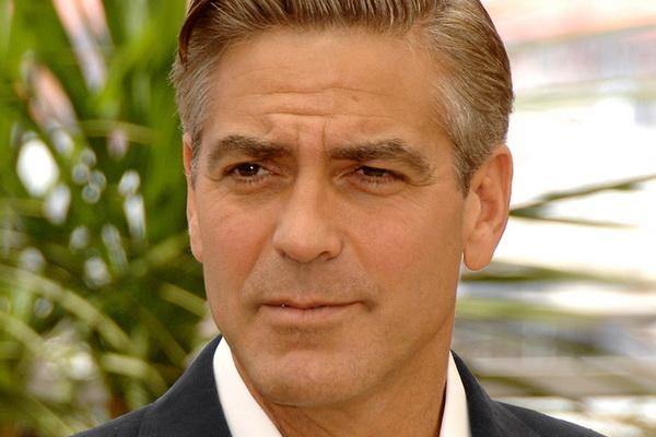 Джордж Клуни, проиграв пари, примет участие в Лондонском марафоне