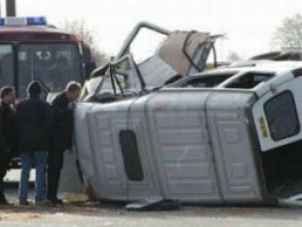 В страшном ДТП с маршруткой и грузовиком в Красноярском крае погибли три пассажира