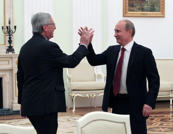 Юнкер назвал свои отношения с Путиным