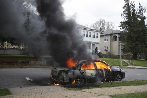 В Балтиморе объявлен режим чрезвычайного положения