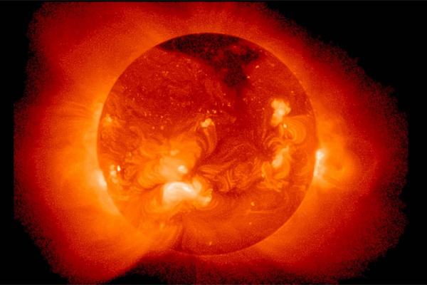Ученые доказали, что изменения активности Солнца влияют на Землю