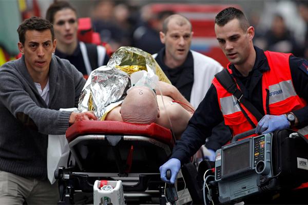 Раненый охранник госучреждения в США скончался в больнице