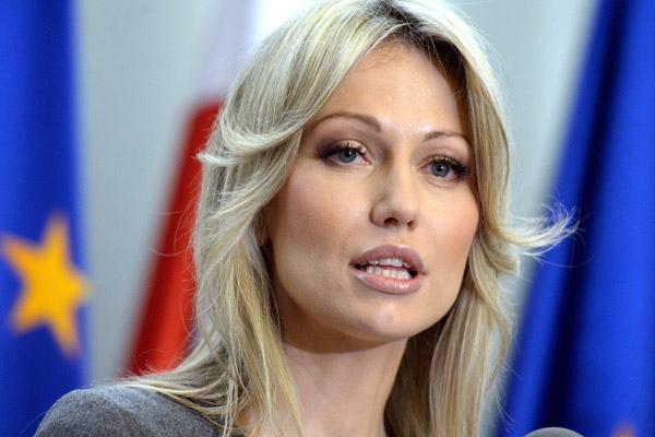Кандидат в президенты Польши намерена отменить санкции в отношении России