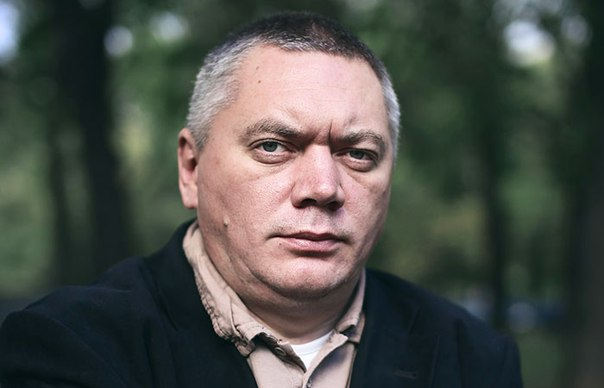 Известному российскому писателю запретили въезд в Европу