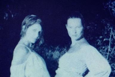 В Сеть выложили пугающее фото беременности Кейт Мосс