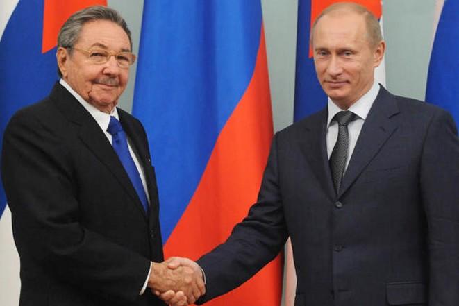 Матвиенко: Рауль Кастро приедет на Парад Победы в Москву