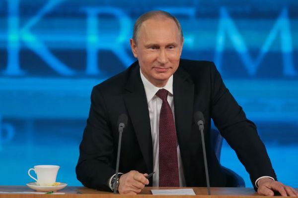Владимир Путин: Санкции скоро не снимут, но мы выдержим