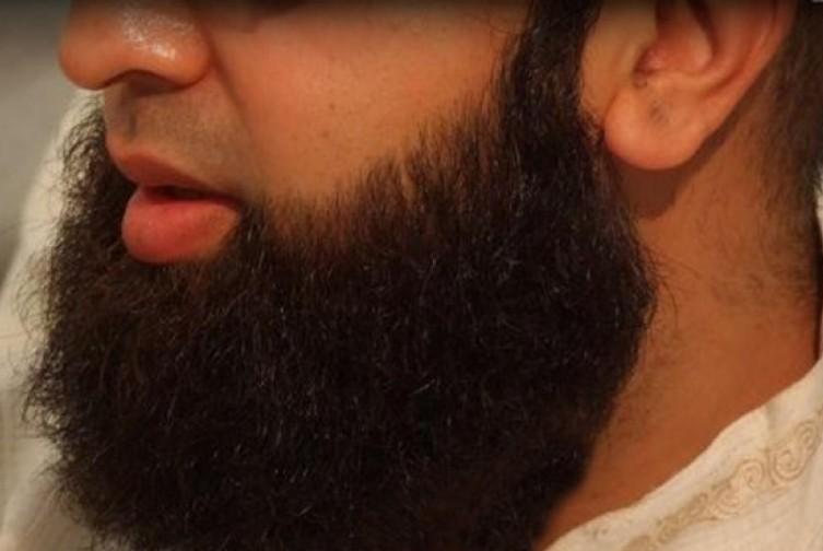 В Таджикистане мошенники продавали разрешения на ношение бороды и хиджаба