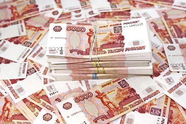 Полицейский украл у 15-летней москвички 5 миллионов
