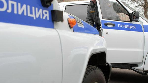 В Петербурге избили и ограбили двоих сотрудников ФСИН