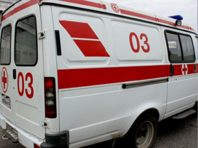 Отец с 3-летним сыном выпали из окна в Ярославле