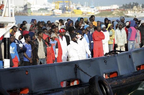 ЕС будет отправлять домой мигрантов, спасенных в Средиземном море