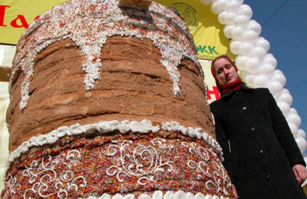 В Москве всех угостят гигантским 900-килограммовым куличом