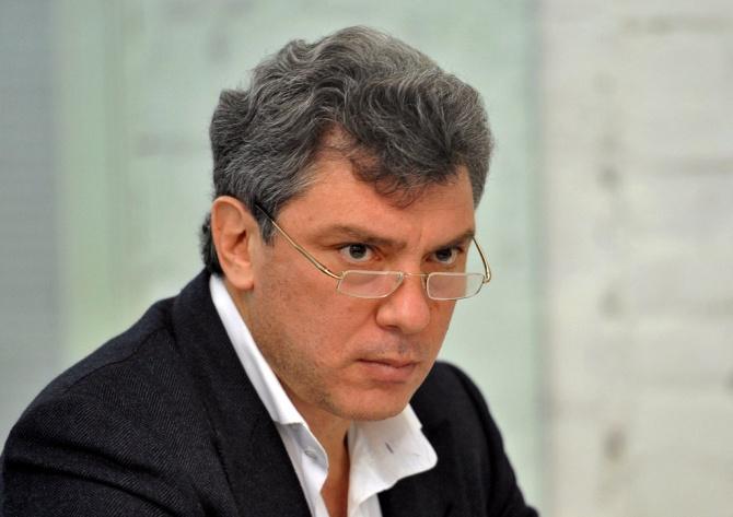 Российская оппозиция намерена установить мемориал на месте гибели Немцова