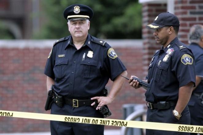 Очередной  американский стрелок серьезно ранил сотрудника госучреждения