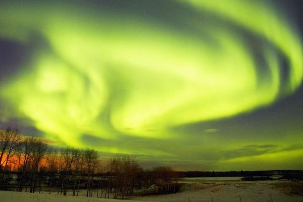 Искусственное полярное сияние начали создавать американские ученые