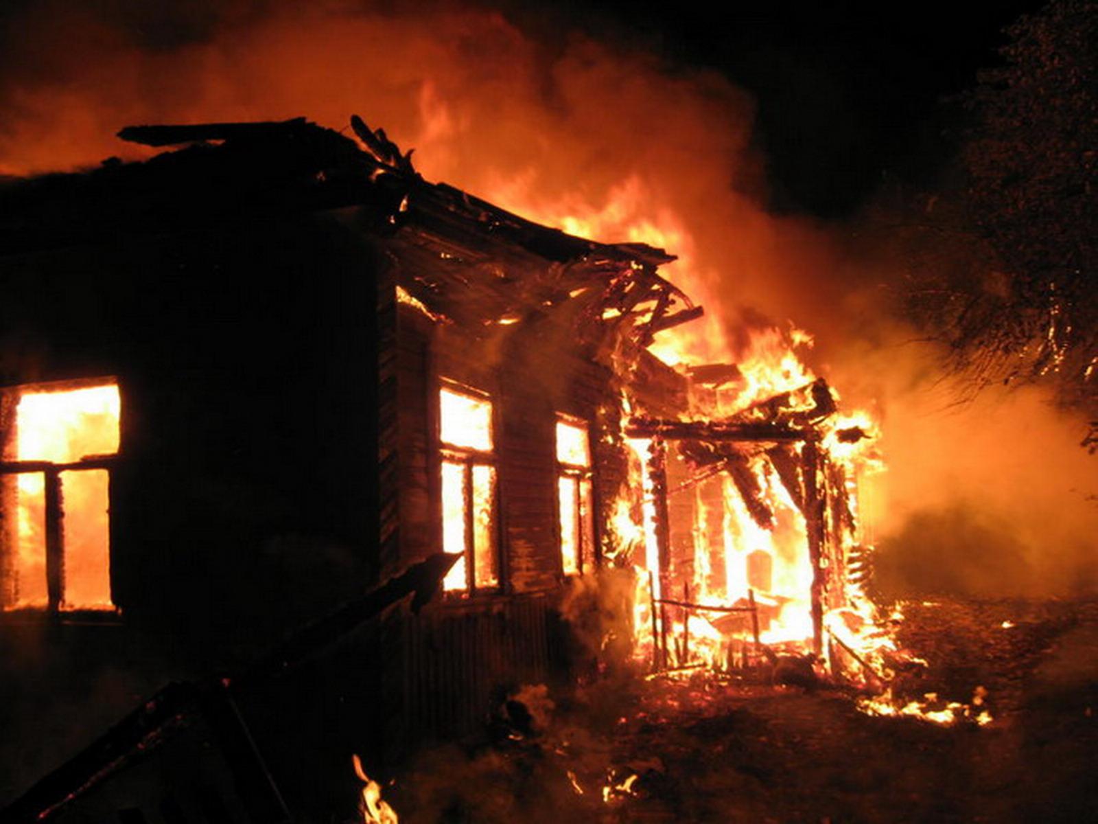 В Якутии по факту ужасного пожара с погибшими детьми возбуждено дело