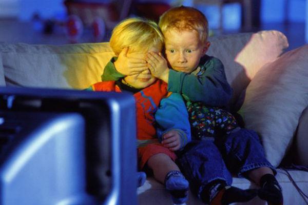 Российские телеканалы на Украине заменят эротическими