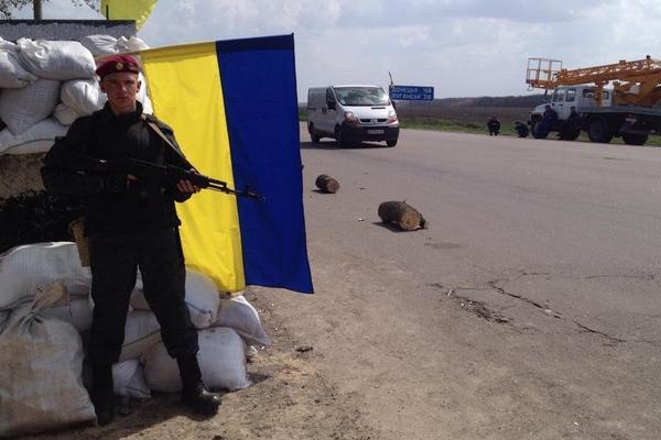 Украинские силовики расстреляли колонну из России, есть жертвы