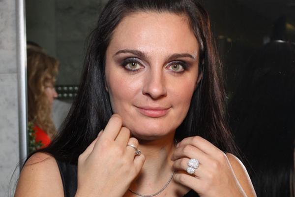 Елена Ваенга поставила точку в скандале с «фриком» из Владивостока