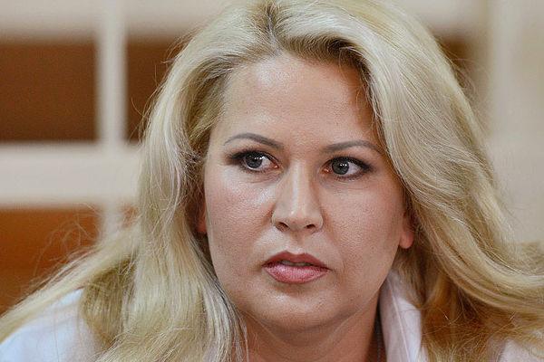 Евгения Васильева начала возмещать ущерб пострадавшим от ее действий