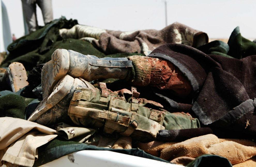 Около базы ВВС США - перестрелка