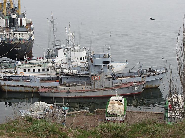 Правительство Украины продает все морские порты