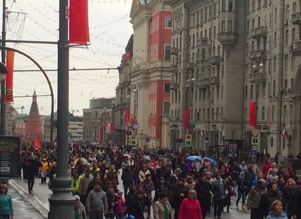 На Красной площади стартовал митинг профсоюзов