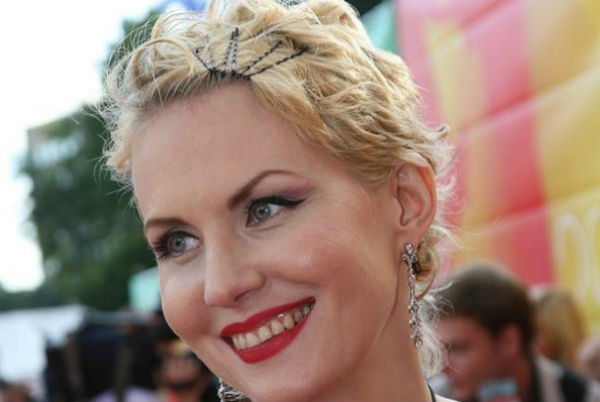 Рената Литвинова показала красавицу-дочь