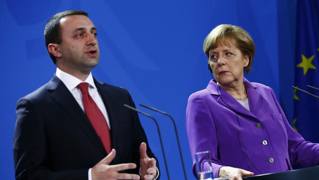 Олланд и Меркель благословили Грузию на вступление в ЕС